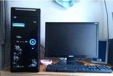 旧台式电脑.jpg